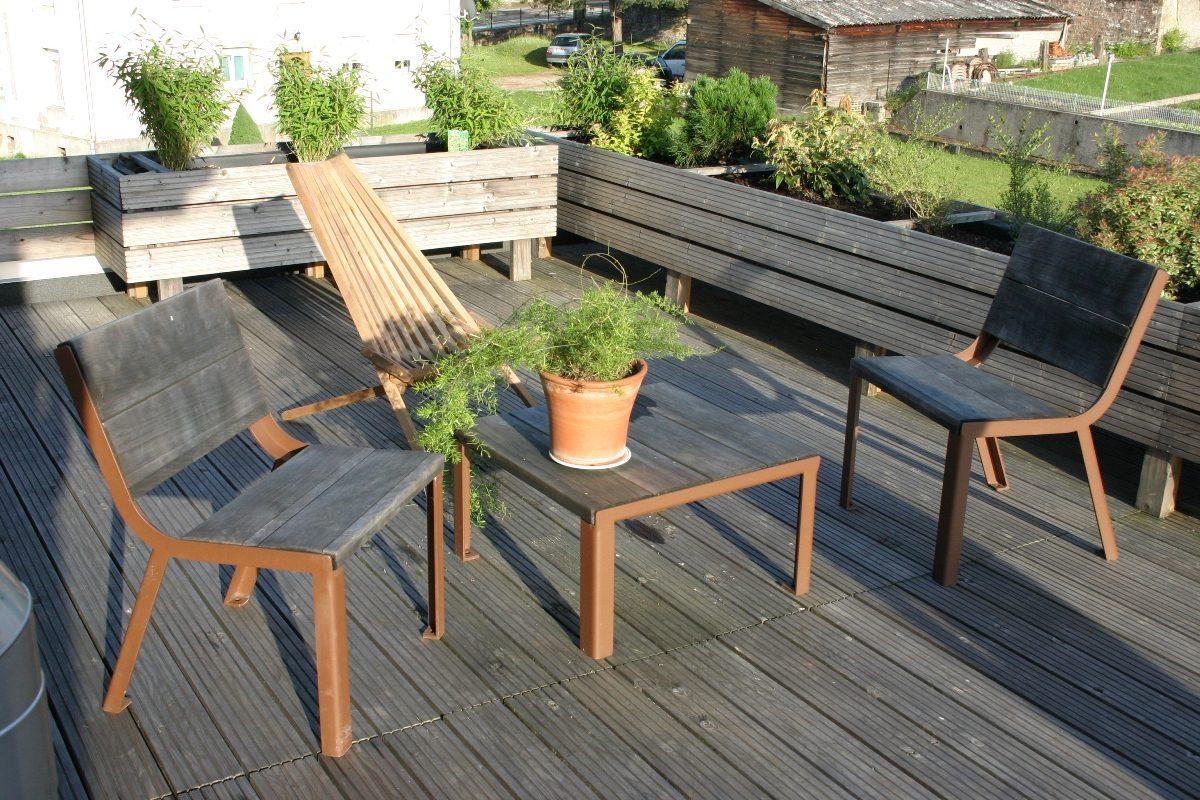 Sillas plastico terraza dise os arquitect nicos for Muebles terraza barcelona